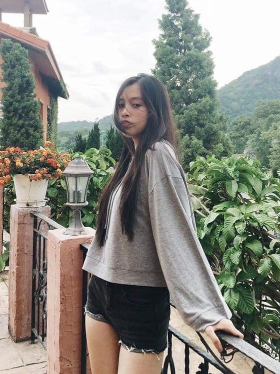 Gu thoi trang tre trung cua tan Hoa hau Viet Nam 2018