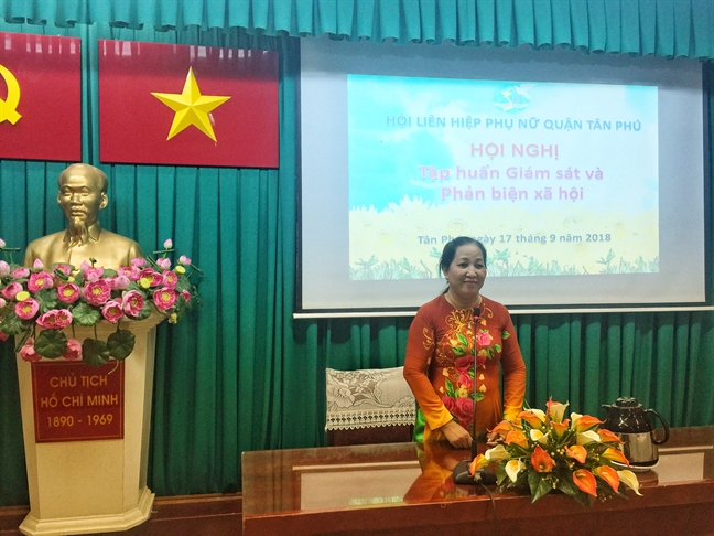 Quan Tan Phu: Tap huan ky nang giam sat va phan bien xa hoi