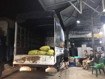 Ban quản lý chợ Long Biên làm ngơ cho băng nhóm bảo kê hoành hành?