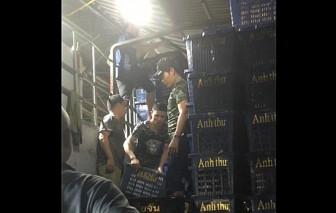 Nhóm bảo kê núp bóng tổ bốc xếp của chợ Long Biên