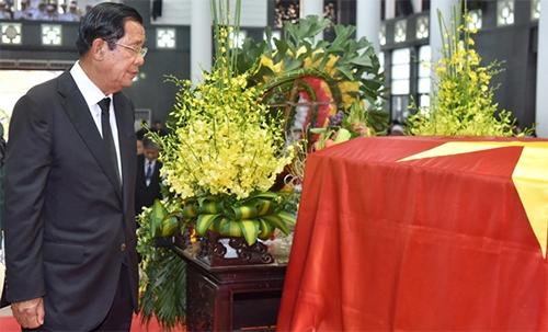 Thu tuong Campuchia toi Viet Nam vieng Chu tich nuoc Tran Dai Quang