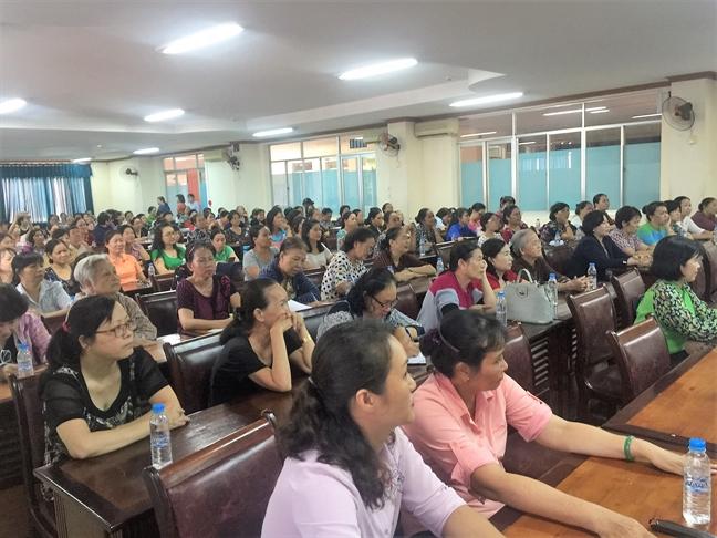 Quan Tan Phu: Tap huan ky nang 'lam ban cung con'