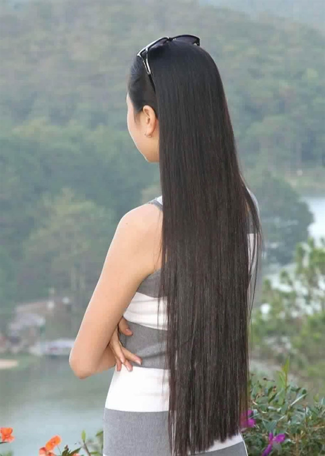 Nguoi co mai toc dep nhat 'Hoa hau Viet Nam 2014' xuong toc di tu