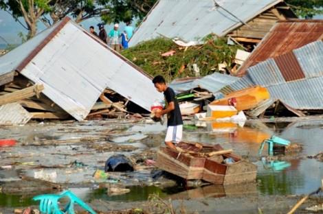 Thảm họa động đất, sóng thần ở Indonesia: Số nạn nhân tăng đột biến lên 832 người