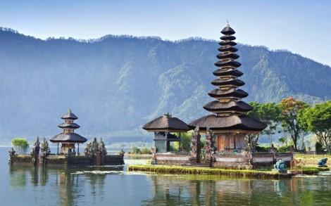 Tour du lịch Indonesia tạm ngưng để tránh ảnh hưởng động đất, sóng thần