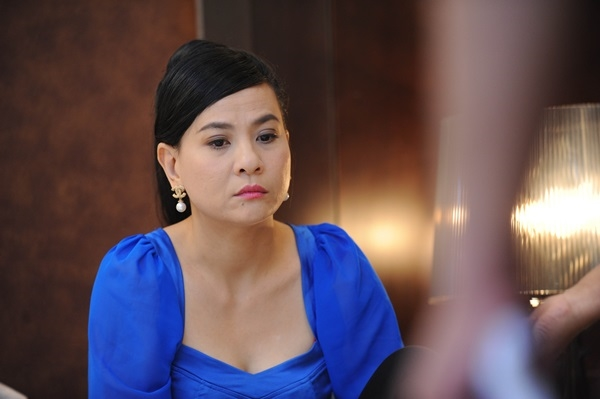 Cat Phuong xin loi nha san xuat phim 'Chu oi, dung lay me con'