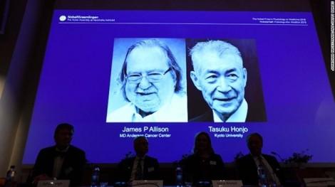 Nobel Y học 2018 được trao cho liệu pháp mới điều trị ung thư