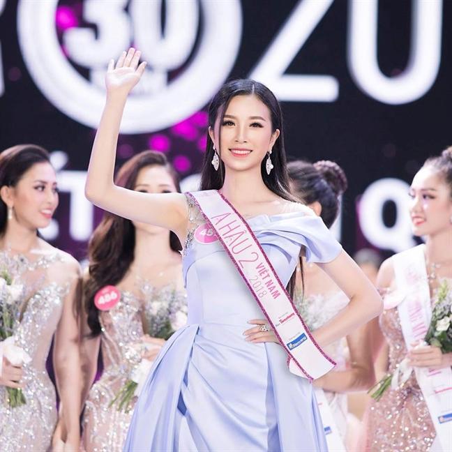 Nguyen Thuc Thuy Tien thay A hau Thuy An thi 'Hoa hau Quoc te 2018'