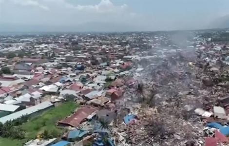 Video clip: Đất trôi như sông khi động đất xảy ra tại Indonesia