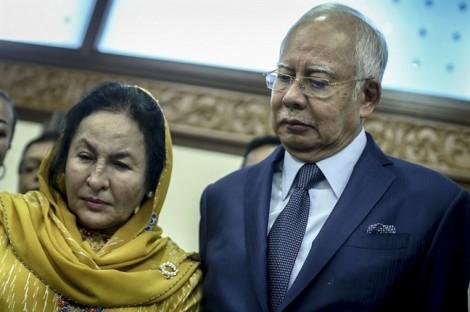 Vợ chồng cựu Thủ tướng Malaysia hầu tòa