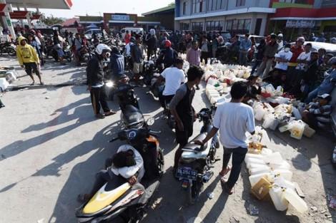 Indonsia hậu thảm họa kép: Người sống sót đối mặt tội ác, thiếu thốn trăm bề