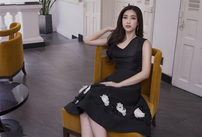 Hoa hau Do My Linh goi y cho nang yeu phong cach nu tinh, thanh lich