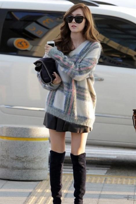 Điểm danh những kiểu trang phục của sao Hàn khi ra sân bay