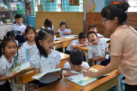Sao lại 'đẻ' ra quy định phạt tiền giáo viên?