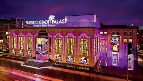 Nhà hát Friedrichstadt-Palast và 'ngôi đền ánh sáng' tại Berlin