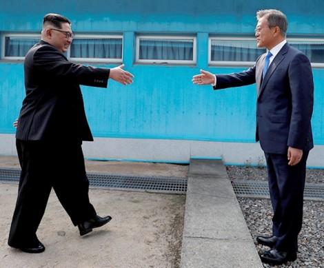 Nga đề xuất cân nhắc nới lỏng trừng phạt Triều Tiên