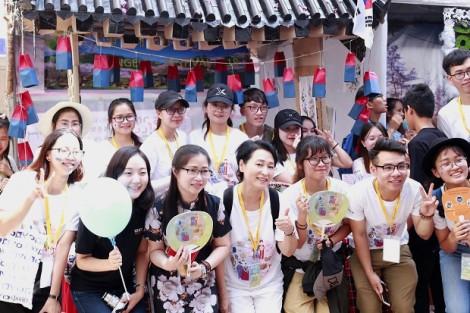 Sinh viên Sài Gòn đắm mình trong lễ hội văn hoá Hàn Quốc