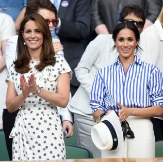 Ai trả tiền trang phục cho 2 công nương hoàng gia Kate và Meghan?