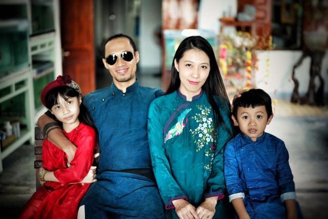 Kieu Minh Tuan, Pham Anh Khoa: 'Vai em, anh hay tua vao...'!