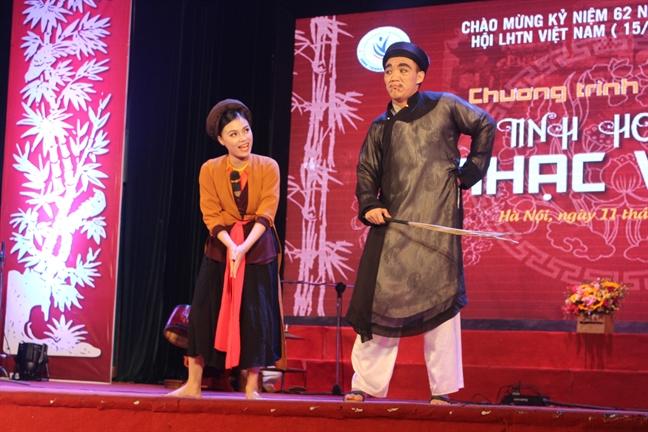 Nha ly luan am nhac Nguyen Quang Long: 'Am nhac truyen thong thieu mot the he moi de nhan dien'