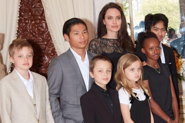 Angelina Jolie- Brad Pitt  sap hoan tat cuoc chien gianh quyen nuoi con