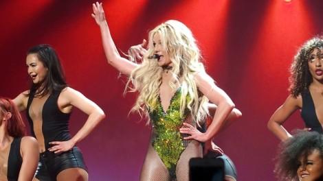 Britney Spears trở lại diễn định cư ở Las Vegas