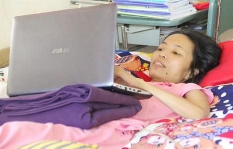 Người phụ nữ bị ung thư tủy viết sách để níu lại những ngày bên chồng con