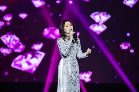 Mỹ Tâm tâm sự về tình cũ trong đêm nhạc tại Hàn Quốc