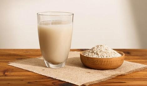 Làm đẹp cực đơn giản và tiết kiệm với hỗn hợp từ nước vo gạo