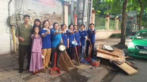 Quận 5: Phụ nữ hưởng ứng phát động của thành phố về bảo vệ môi trường