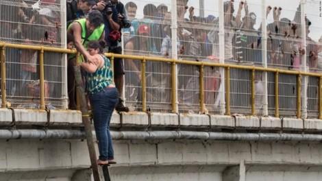 Người mẹ ba con và nấc thang đến 'giấc mơ Mỹ' giữa dòng người nhập cư