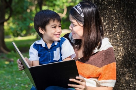 Muốn con thông minh hãy nuôi dưỡng cho con tình yêu đọc sách