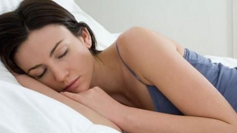 12 cách 'tắt' tiếng ngáy to khi ngủ