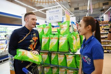 'Bà đỡ' cho hàng Việt ra thế giới
