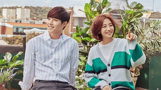 Bi fan 'trung phat', phim cua Kim Hyun Joong dat rating thap ky luc