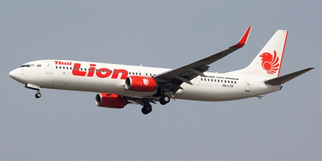 May bay Indonesia cho 188 nguoi roi xuong bien it phut sau khi cat canh