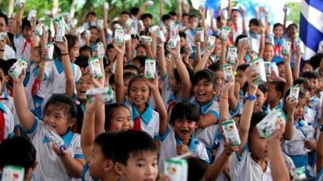 TP.HCM: Giao Sở Y tế quản lý chương trình sữa học đường