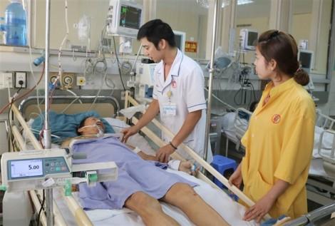 Qua cơn nguy kịch dù bị gãy 8 xương sườn, mất gần 2 lít máu