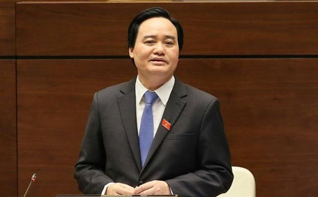 Bo truong Phung Xuan Nha len tieng ve viec sinh vien ban dam 4 lan bi duoi hoc