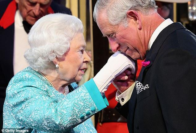 Thai tu Charles len ngoi trong ba nam toi, ba Camilla tro thanh Hoang hau?