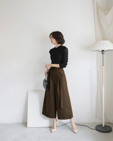 Mặc đẹp đầy thoải mái với quần culottes cá tính