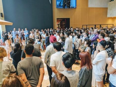 Bùng nổ #metoo, nhân viên Google toàn cầu xuống đường tuần hành