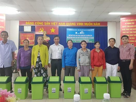 Huyen Binh Chanh: Day manh truyen thong va to chuc nhieu hoat dong bao ve moi truong