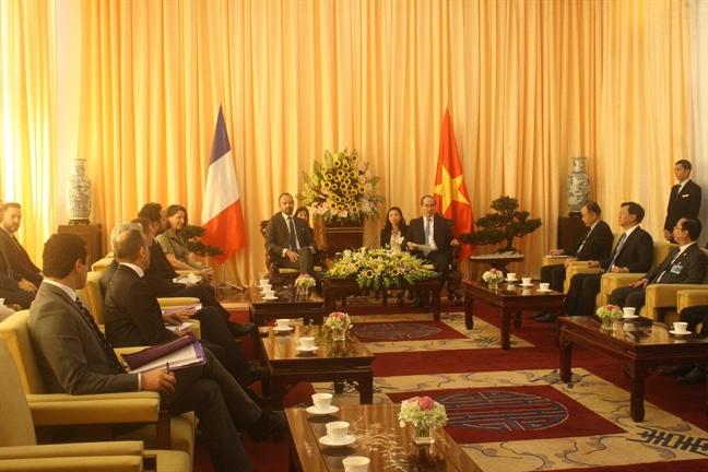 Thu tuong Phap du khai truong Trung tam Y te Phap tai TP.HCM, hoi kien cung Bi thu Thanh uy Nguyen Thien Nhan