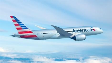 Bị cưỡng bức trên máy bay, hành khách kiện hãng hàng không