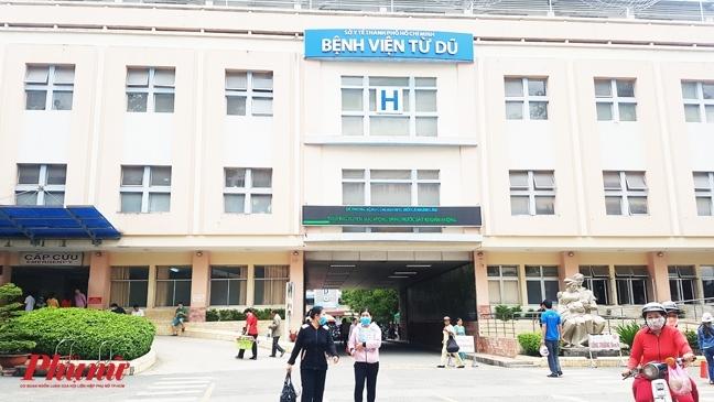 Vi sao Benh vien Tu Du khong nhan mau hiem tu nguoi khac hien cho san phu?