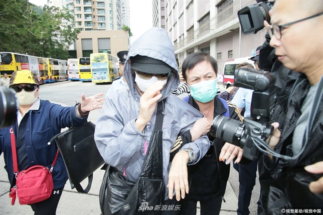 Dai TVB bi khan gia chi trich khi chieu lai phim cua Lam Khiet Anh