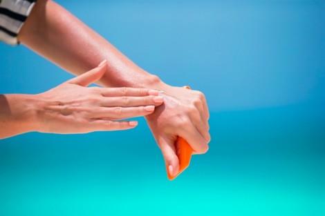 6 lý do khiến bàn tay của bạn trông già đi