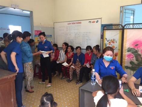 Huyện Củ Chi: Khám bệnh và tầm soát ung thư cho hơn 150 hội viên, phụ nữ