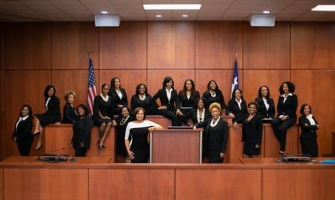 Phép màu trong bầu cử giữa kỳ Mỹ: 19 phụ nữ da màu đều đắc cử tại Texas!